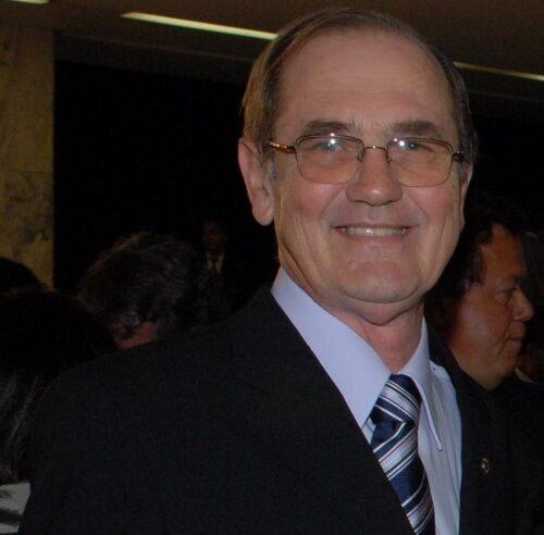 Entrevista com Prof. David Lóss