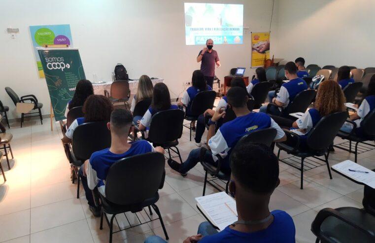 Selita e FatorH Educação unem-se em parceria para formação de jovens aprendizes